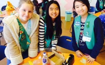 Kobe Girl Scouts with their Healing Kits